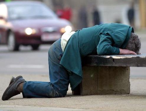 Лечение алкогольной зависимости требует от пациента желания, упорства и
